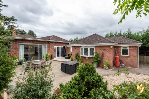 The Lodge, Hawford Lock Lane, Worcester, #Worcestershire WR3 7SD